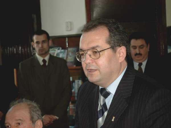 muthu, boc, cerna _ http://uniuneascriitorilor-filialacluj.ro/Poze/carti/Bild4126.jpg