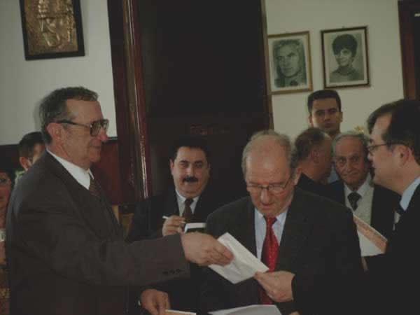 popa, cerna, muthu, cocora, vlad, boc _ http://uniuneascriitorilor-filialacluj.ro/Poze/carti/Bild4154.jpg