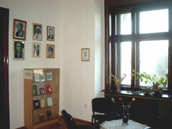 Sediul filialei memorial 2 _ http://uniuneascriitorilor-filialacluj.ro/Poze/carti/Bild6510.jpg