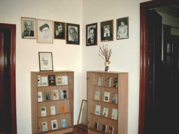Sediul filialei memorial 3 _ http://uniuneascriitorilor-filialacluj.ro/Poze/carti/Bild6511.jpg