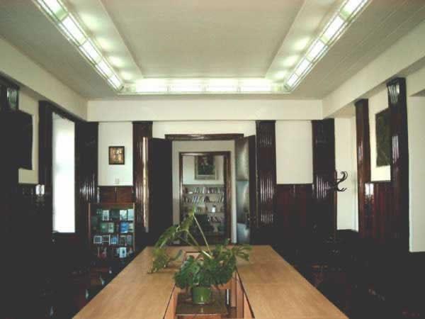 Sediul filialei 3 _ http://uniuneascriitorilor-filialacluj.ro/Poze/carti/Bild6519.jpg