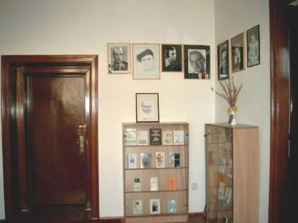 Sediul filialei memorial 7 _ http://uniuneascriitorilor-filialacluj.ro/Poze/carti/Bild6526.jpg