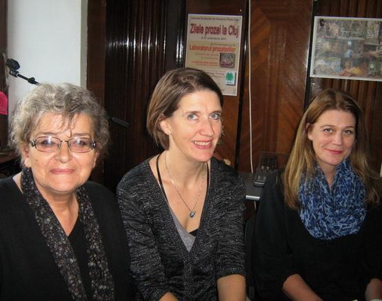 Irina Petraş Kari Braenne Margit Walso _ http://uniuneascriitorilor-filialacluj.ro/Poze/carti/cu_kari_mc.jpg